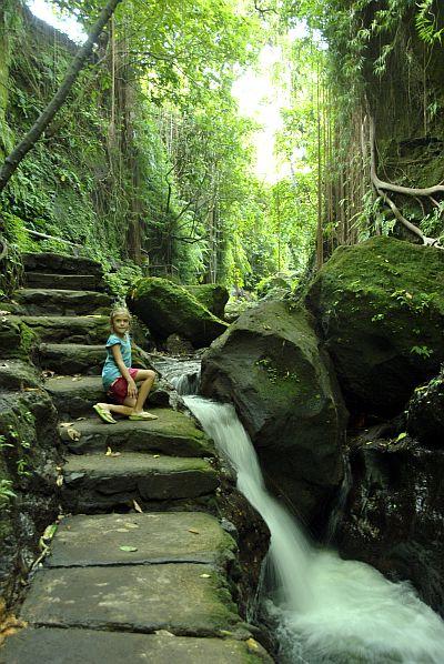 Первые дороги о. Бали